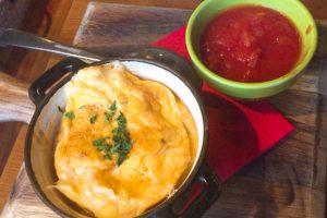 Qv8TqFUtfKA55Mgnay2 l 300x200 - たまごとチーズ!!🐣